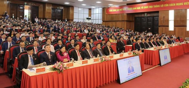 Bầu đoàn chủ tịch Đại hội Đảng bộ tỉnh Thanh Hóa - ảnh 2