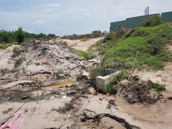 Hàng trăm nắp cống trên tuyến đường đẹp nhất đảo Phú Quốc bị trộm lấy cắp - ảnh 9