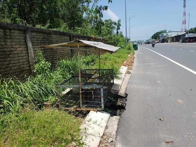 Hàng trăm nắp cống trên tuyến đường đẹp nhất đảo Phú Quốc bị trộm lấy cắp - ảnh 8