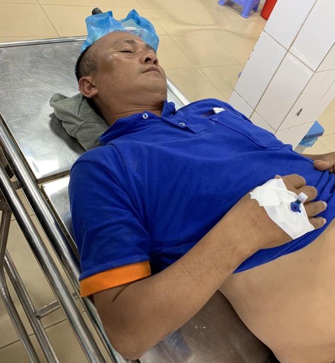 'Ngăn sông cấm biển' ở Phú Quốc: Quản lý khách sạn bị nhiều người đánh nhập viện - ảnh 1