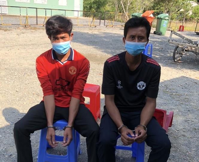 Đưa người nhập cảnh trái phép, 2 người đàn ông Campuchia bị khởi tố  - ảnh 1