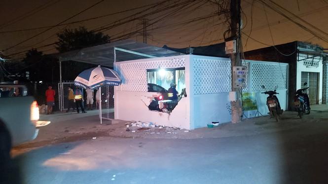 Nam thanh niên tử vong sau cú tông sập tường nhà dân - ảnh 2