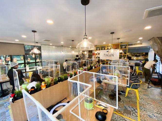 Nhà hàng Thái Lan thiết kế vách ngăn