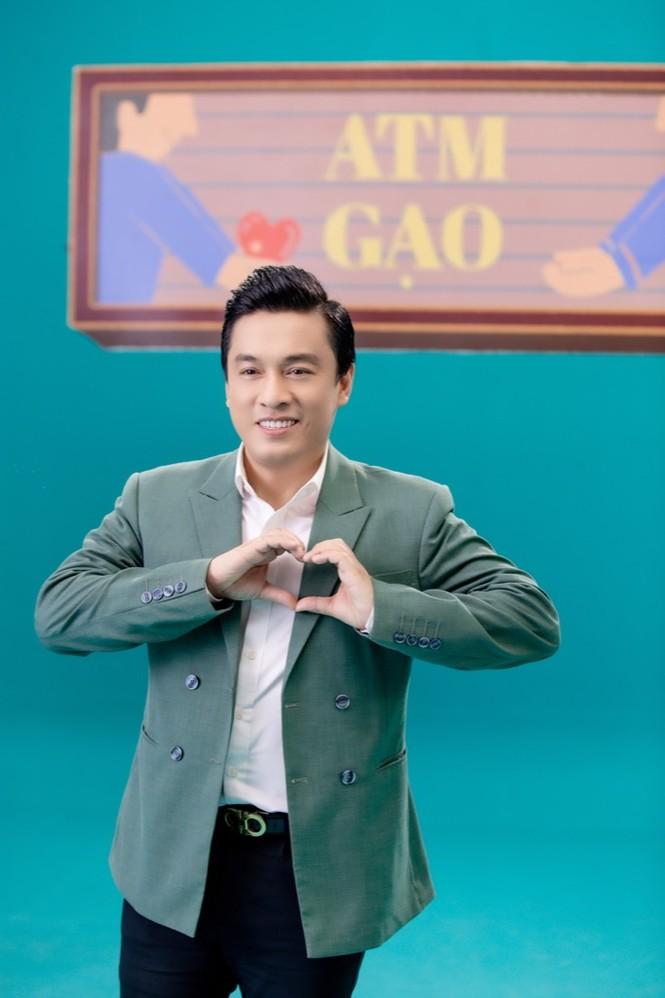 """Sao Việt 24H: Loạt sao hát về một """"Việt Nam Tử Tế"""", Jack lập kỷ lục mới với """"Sóng Gió""""  - ảnh 2"""