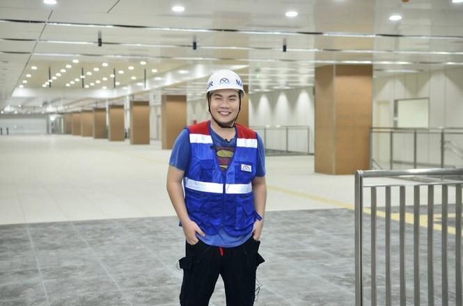 Theo chân Hamlet Trương khám phá ga ngầm siêu hiện đại của tuyến Metro số 1 ở TP.HCM - ảnh 5