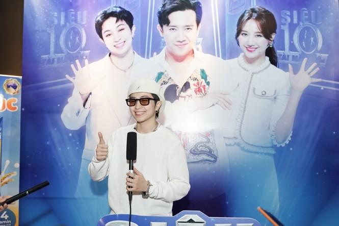 """Vợ chồng Trấn Thành - Hari Won muốn học cách làm cha mẹ thông qua """"Siêu tài năng nhí"""" - ảnh 2"""