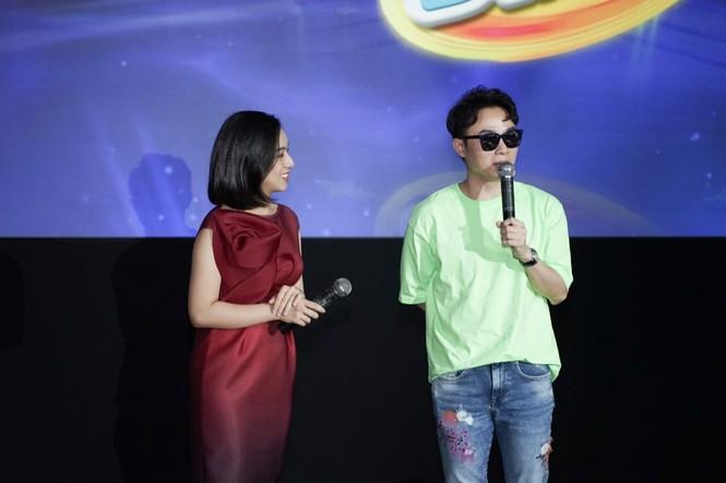 """Vợ chồng Trấn Thành - Hari Won muốn học cách làm cha mẹ thông qua """"Siêu tài năng nhí"""" - ảnh 4"""
