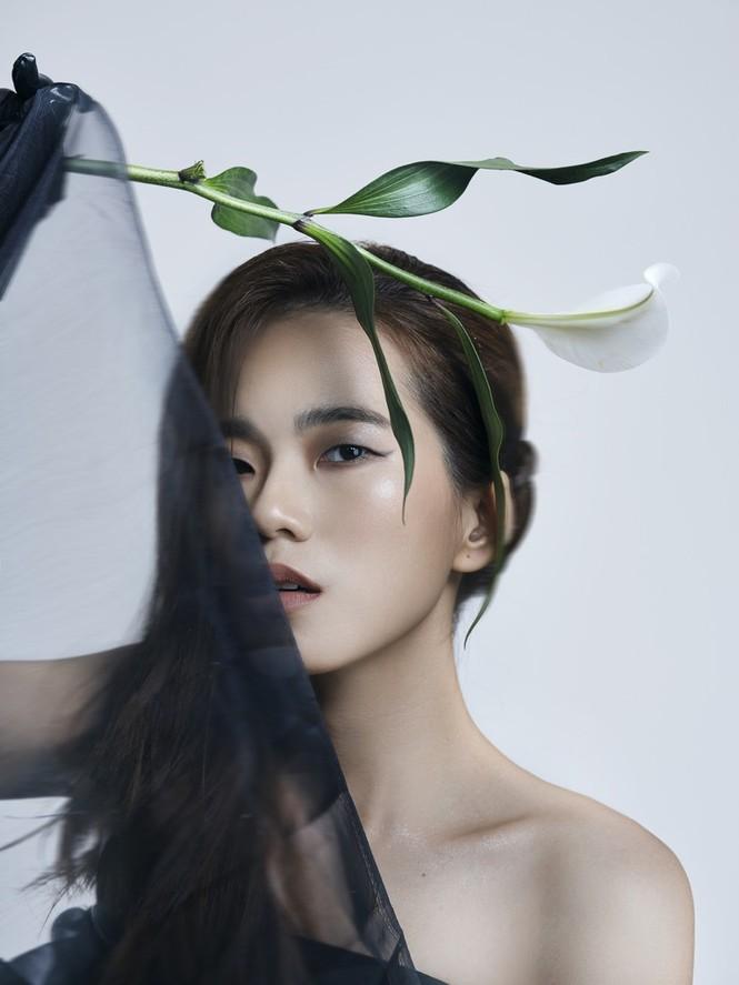 """Sau Nguyên Hà, giọng ca 9x này là """"nàng thơ"""" âm nhạc mới của nhạc sĩ Quốc Bảo - ảnh 2"""