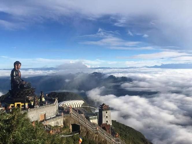 """Ngất ngây với hành trình """"săn mây"""" vào mùa đẹp nhất trong năm tại Sa Pa  - ảnh 1"""