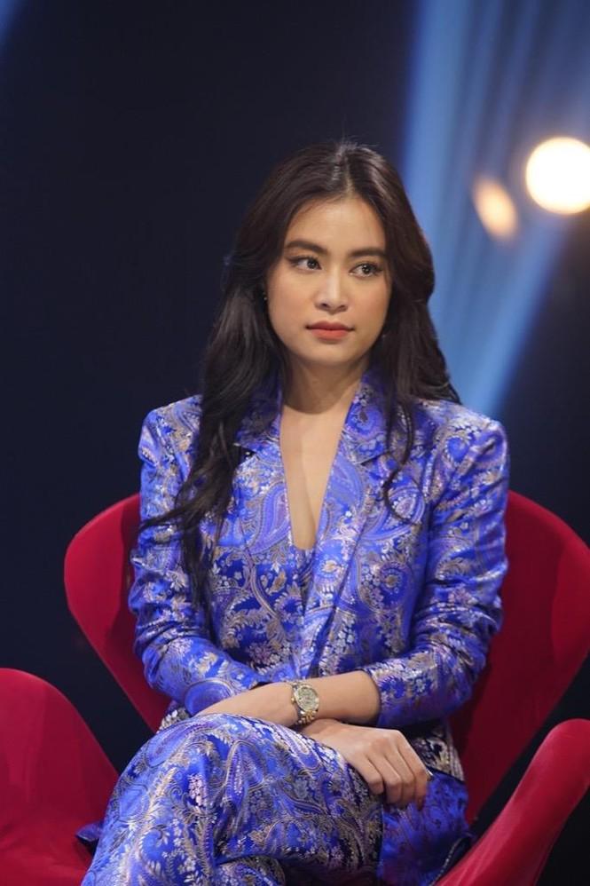 Hoàng Thuỳ Linh gây bất ngờ khi tiết lộ hơn 30 tuổi vẫn để mẹ quản lý thu nhập - ảnh 2