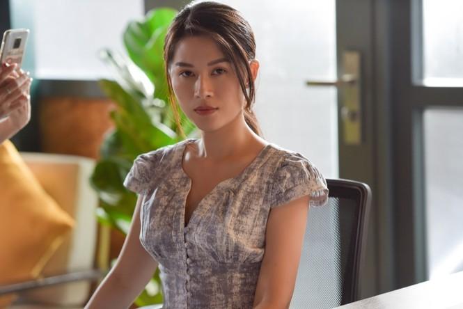 """Trấn Thành hoá """"ông hoàng truyền thông"""" - thần tượng của Ngọc Thanh Tâm trong web drama - ảnh 4"""
