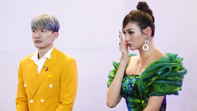 """Võ Hoàng Yến, Hoàng Thuỳ khóc sướt mướt khi thí sinh này dừng chân tại """"Đại sứ Hoàn mỹ"""" - ảnh 6"""