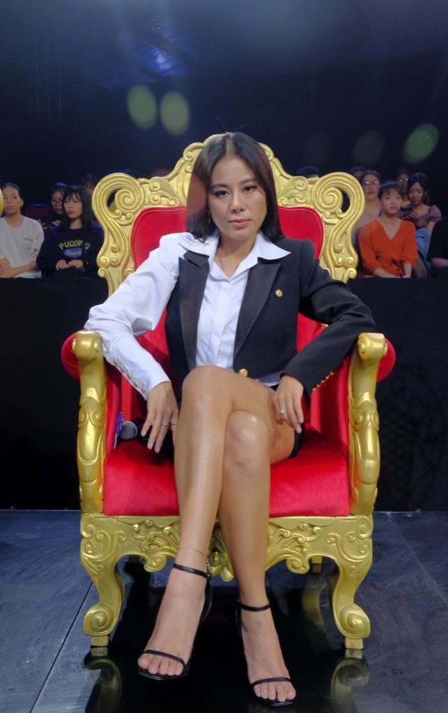 Cười Xuyên Việt: BB Trần diễn không thoại, Hải Triều hi sinh thân mình hỗ trợ đồng nghiệp - ảnh 9