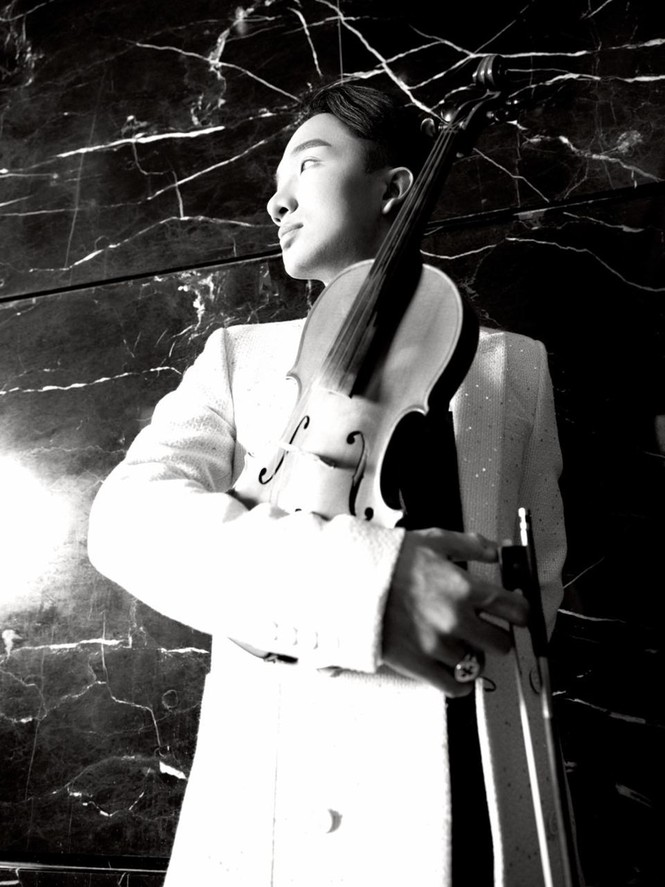 Hoàng Rob tung bộ ảnh