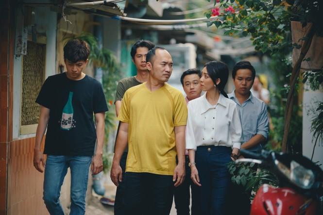 Phim hài Tết của Tiến Luật đạt Top 1 Trending, Thu Trang nói điều này với chồng - ảnh 1