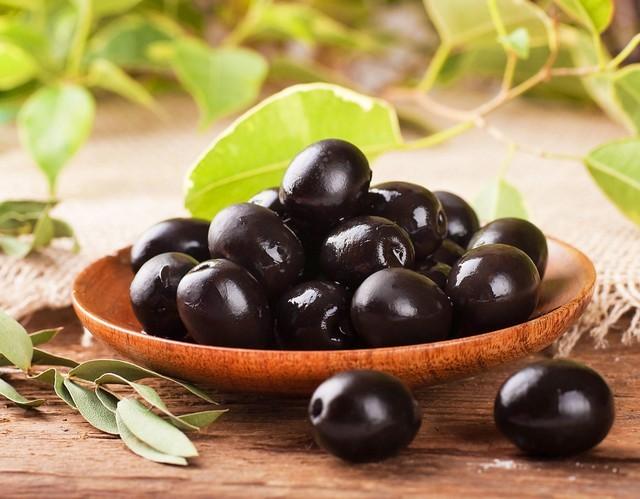 6 loại quả màu đen cực tốt nên ăn nhiều để đẹp da, giữ dáng - ảnh 2