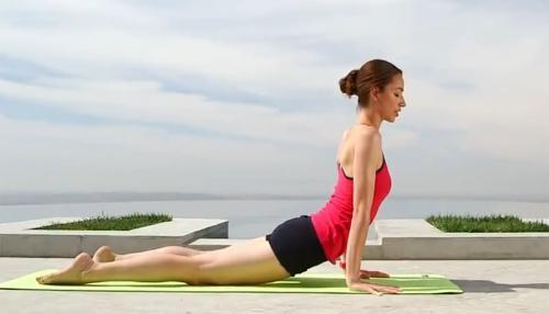 Bài tập yoga giảm cân chỉ trong 10 phút - ảnh 13