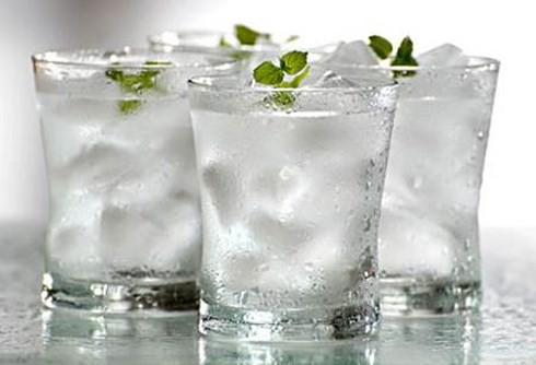 Những loại nước hại hơn... thuốc độc, tuyệt đối không uống khi vừa ngủ dậy - ảnh 3