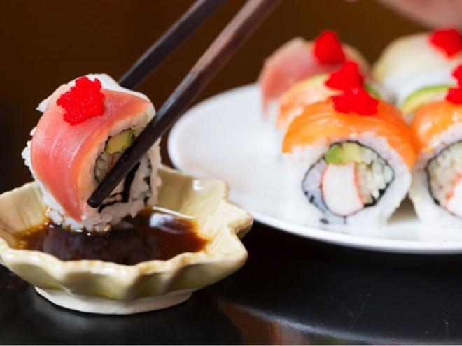 Sushi: Ngon, bổ nhưng... độc, biết mà tránh kẻo rước họa vào thân - ảnh 4