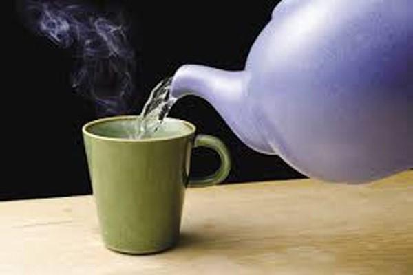 Uống một cốc nước ấm mỗi sáng theo cách này, công dụng hơn 'thần dược' - ảnh 3
