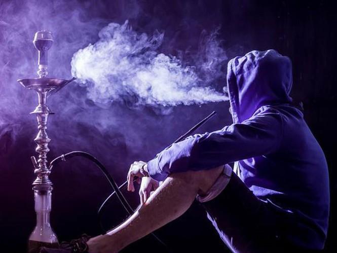 Thuốc lá điện tử: Không độc hại và dùng để cai được thuốc lá thông thường? - ảnh 1