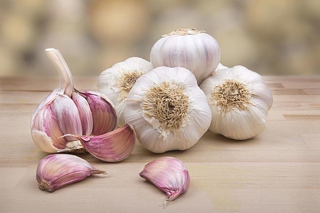 Ăn tỏi mỗi ngày theo cách này, chống được cả ung thư, loãng xương, tim mạch - ảnh 1
