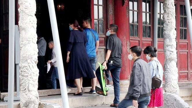 Đại nội Huế tưng bừng đón khách sau tháng rưỡi 'đóng băng', miễn vé tham quan 8 ngày liền - ảnh 9