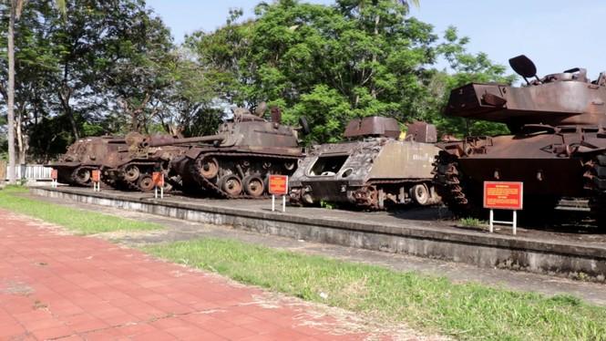 Xem bộ đội tháo rời máy bay tại Huế để chuyển về nơi mới của bảo tàng - ảnh 8