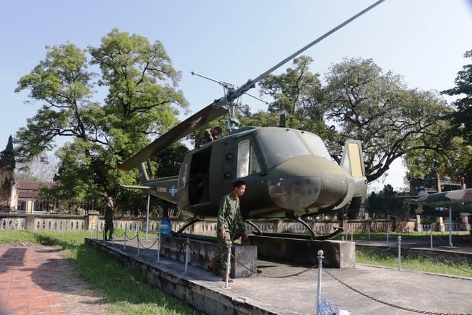 Xem bộ đội tháo rời máy bay tại Huế để chuyển về nơi mới của bảo tàng - ảnh 13