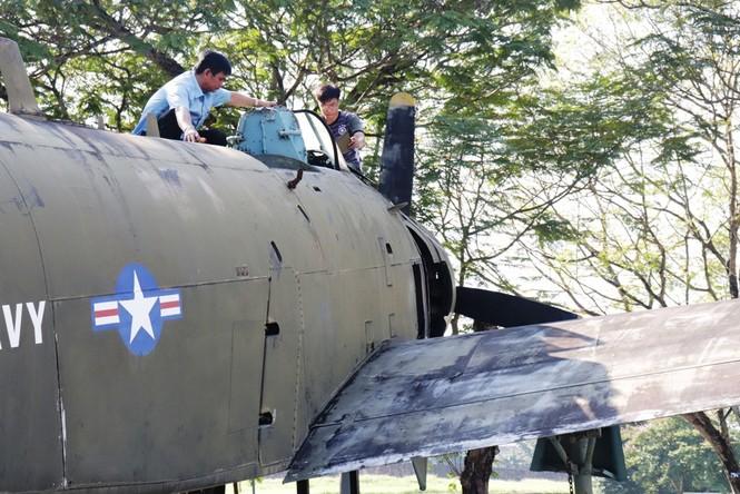 Xem bộ đội tháo rời máy bay tại Huế để chuyển về nơi mới của bảo tàng - ảnh 15