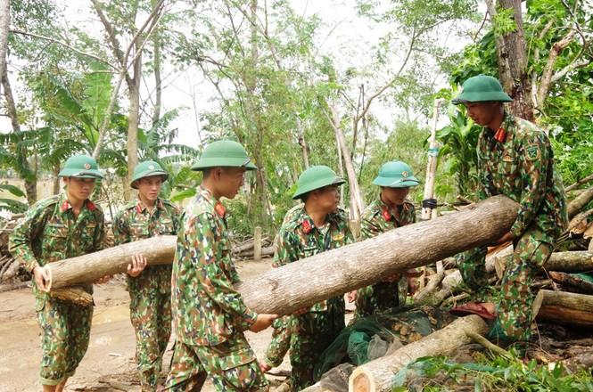 Quân đội, công an huy động 100% quân số ứng phó bão số 9 - ảnh 1