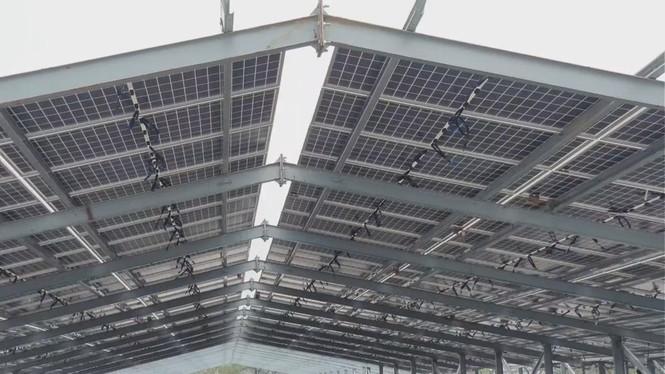 Rầm rộ làm trang trại 'điện mặt trời' tại TT-Huế:  'Áp mái' lên hàng loạt nhà... không mái - ảnh 1