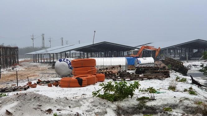 Rầm rộ làm trang trại 'điện mặt trời' tại TT-Huế:  'Áp mái' lên hàng loạt nhà... không mái - ảnh 6