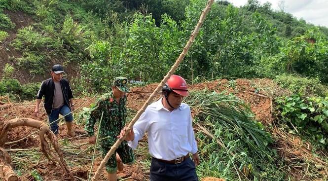 CẬP NHẬT: Tìm thấy 5 thi thể vụ lở núi khiến 11 người bị vùi lấp ở Phước Sơn - ảnh 2