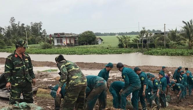 Hàng chục ngàn hộ dân nơm nớp lo vỡ đê, Cà Mau cần ban bố tình trạng khẩn cấp - ảnh 8