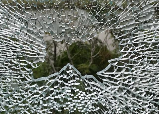 Nhìn gần căn biệt thự nghi bị nã đạn của đại gia Cà Mau - ảnh 8