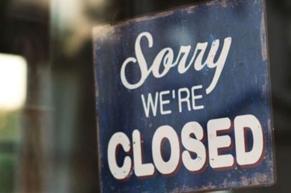 Covid-19 khiến tiệm ăn phải đóng cửa, khách hàng liền tặng hơn 58 triệu đồng cho nhân viên - ảnh 3