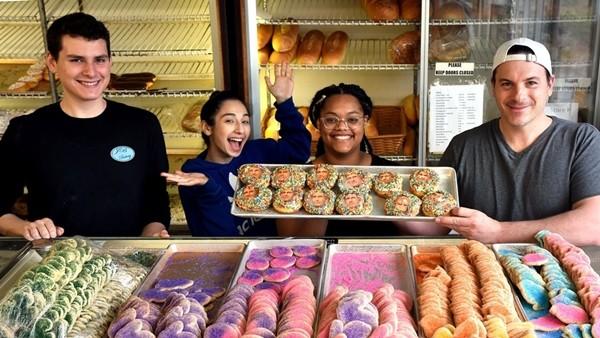 """Món ăn đang hot: """"Bánh Bác Sĩ"""" - món được dân tình ào ạt đặt mua sau """"Bánh Cách Ly"""". - ảnh 4"""