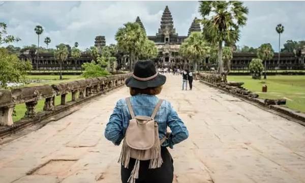 Nếu định du lịch tới Campuchia, bạn sẽ phải nộp đặt cọc luôn 70 triệu khi xuống máy bay - ảnh 3