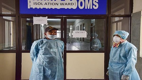 Quản lý bệnh viện hứa làm giả kết quả âm tính COVID-19 với giá chưa đến 800.000 đồng - ảnh 3