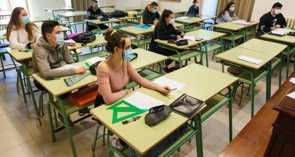 Trường học vừa mở cửa lại ngày đầu tiên, một học sinh đã dương tính với SARS-CoV-2 - ảnh 3
