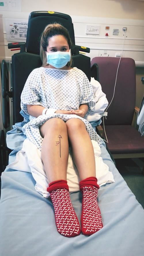 Mải mê ở tuyến đầu chống dịch, nữ y tá phải cưa chân sau triệu chứng tưởng rất bình thường - ảnh 2