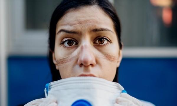 Sau 4 tháng nghi nhiễm, nữ y tá từng chăm sóc bệnh nhân COVID-19 vẫn bị nôn 30 lần/ngày - ảnh 3