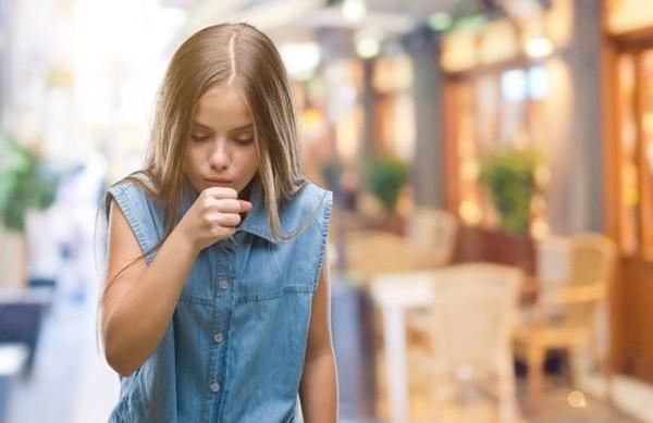 Năm học mới thời đại dịch: Giả vờ ho sẽ bị đình chỉ học, học sinh tự mang 2 lít nước đến trươngf - ảnh 2