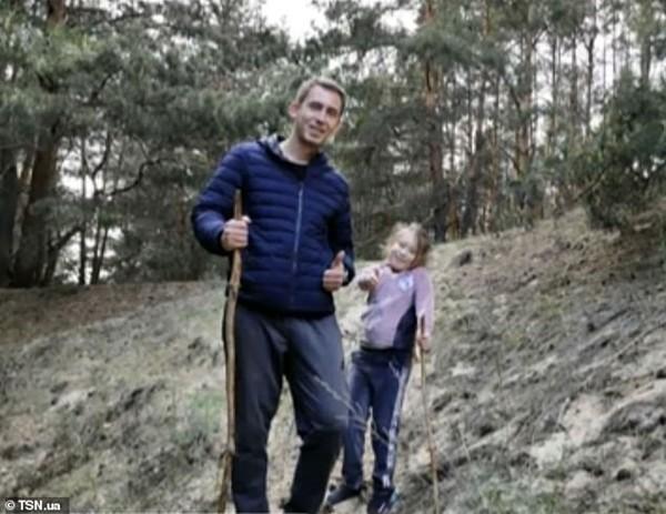 Con gái 7 tuổi của một nạn nhân vụ nổ máy bay ở Ukraine đã có linh cảm trước khi bố tử nạn - ảnh 3