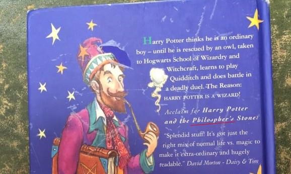 Cuốn Harry Potter cũ này có thể bán được 1,5 tỷ đồng, bạn kiểm tra ngay xem mình có không nhé - ảnh 3