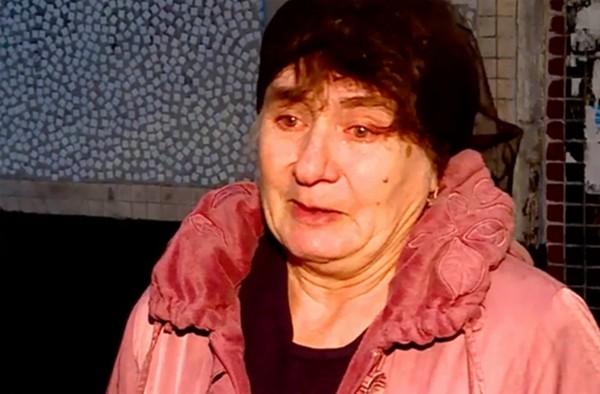 Bố mẹ bị ngộ độc, cô bé 5 tuổi một mình chăm em 1 tuổi ở nhà suốt 3 ngày mà không ai biết - ảnh 3