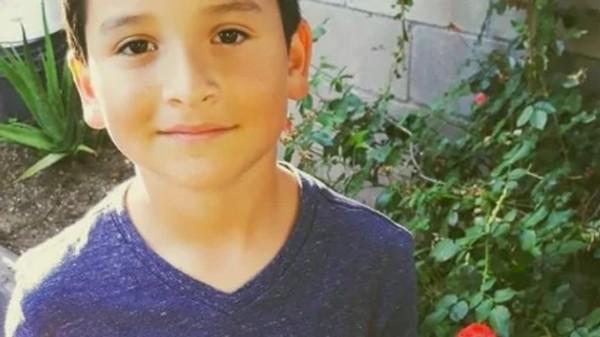 Từ cảnh vô gia cư, cậu bé 8 tuổi này đã kiếm được đủ tiền mua nhà chỉ trong chưa đầy 1 năm - ảnh 1