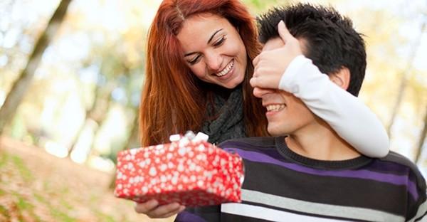 """Đừng vội mơ về mùa lễ hội hạnh phúc, bạn cần vượt qua """"ngày dễ chia tay người yêu nhất"""" đã - ảnh 3"""