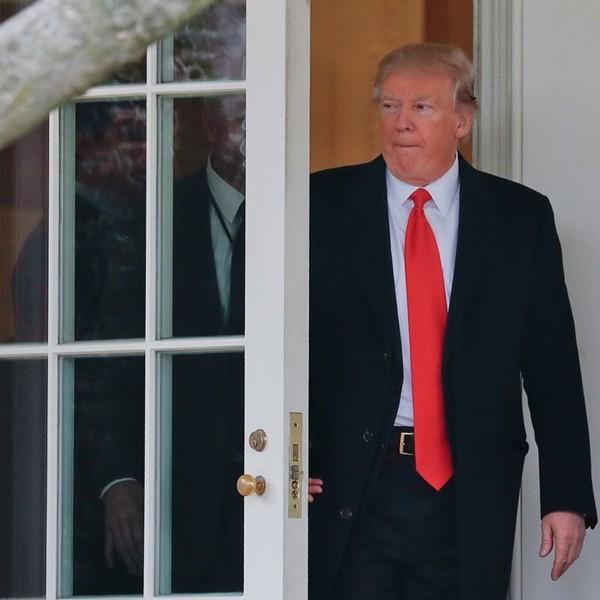 Nếu Tổng thống Trump nhất định không chịu rời Nhà Trắng, thì chuyện gì có thể sẽ xảy ra? - ảnh 2